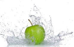 Apple z wodnym pluśnięciem Obraz Stock