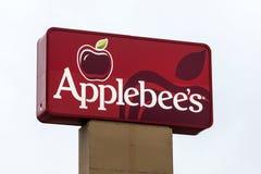 Applebees餐馆标志 免版税库存照片