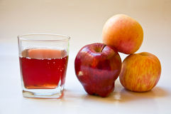 Applecider and raw apple. For healthy drink Stock Photography