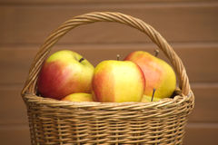 Apples in basket closeup Royalty Free Stock Photos