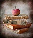 Apples and books Royalty Free Stock Photography