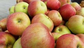 Apples - farmers' market Royalty Free Stock Photos