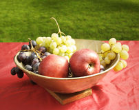 Apples and grapes Royalty Free Stock Photos