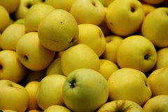 Apples in a supermarket royalty free stock photography