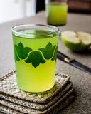 Appletini/πράσινος χυμός της Apple Στοκ Φωτογραφία