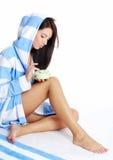 application de la femme crème de douche Images stock