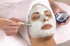 Application faciale organique de masque de station thermale Image stock