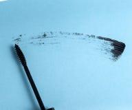 applicator μαύρο mascara βουρτσών κτύπημα Στοκ εικόνα με δικαίωμα ελεύθερης χρήσης