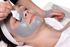 Applicazione della maschera cosmetica Fotografie Stock