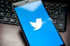 Applicazione di Twitter fotografia stock libera da diritti