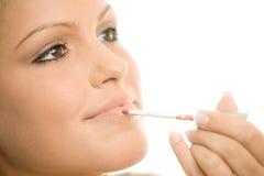 applying makeup Στοκ φωτογραφία με δικαίωμα ελεύθερης χρήσης