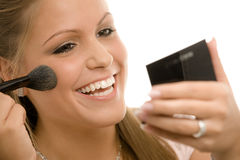 applying makeup Στοκ φωτογραφίες με δικαίωμα ελεύθερης χρήσης