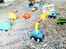 Apportez votre jouet d'imagination du ` s d'enfant pour jouer la construction virtuelle Photographie stock