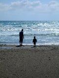 Apprécier la mer Photos libres de droits
