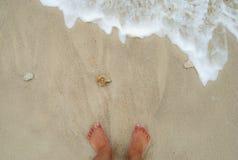 Apprécier la plage Photo libre de droits