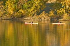 Apprécier les couleurs d'automne Photos stock