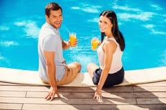 Apprécier leurs vacances d'été Photos libres de droits