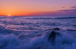 Appréciez la beauté du lever de soleil Image stock