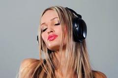 Appréciez la musique Photos libres de droits