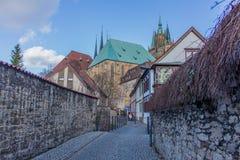 Appréciez la vieille ville de bel Erfurt photo libre de droits