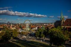 Appréciez la vieille ville de bel Erfurt photos stock