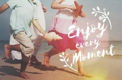 Appréciez le concept d'amusement de liberté de mode de vie de bonheur photographie stock libre de droits