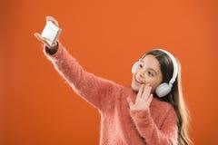 Appréciez le concept de musique Les meilleurs applis de musique qui méritent d'écouter Détectez à l'oreille librement Demande mob photo stock