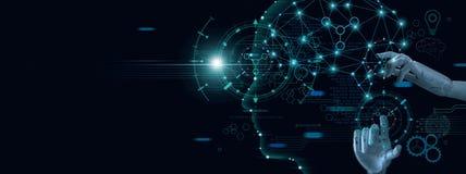 Apprendimento automatico Mano del robot che tocca sui dati binari Intelligenza artificiale futuristica AI immagine stock libera da diritti