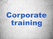 Apprendimento del concetto: Addestramento corporativo sul fondo della parete Fotografia Stock Libera da Diritti