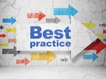 Apprendimento del concetto: freccia con best practice sul fondo della parete di lerciume Illustrazione Vettoriale