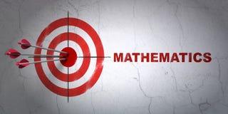 Apprendimento del concetto: obiettivo e matematica sul fondo della parete Fotografia Stock Libera da Diritti