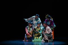 """Apprenez le  de teenager†de Pékin Opera""""Yue des leçon-enfants Image libre de droits"""