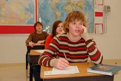 Apprentissage de l'adolescence d'étudiants Photo libre de droits