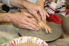 Apprentissage de la poterie Photographie stock