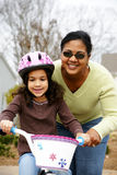 Apprentissage pour conduire un vélo Images stock