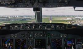 Approccio della cabina di pilotaggio Immagine Stock