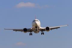 Approche d'aéronefs Images libres de droits