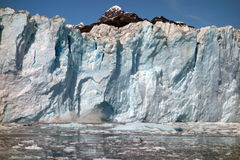 Approche du visage d'un glacier de vêlage au bruit de prince William Photographie stock