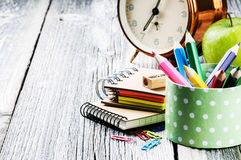 Approvisionnements d'école colorés Image stock