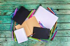 Approvisionnements d'école De nouveau aux éléments de conception d'école Images libres de droits