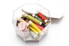 Approvisionnements de couture colorés Image stock
