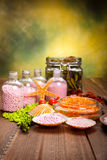 Approvisionnements de station thermale - sel de bain aromatherapy Photos stock
