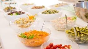 Approvvigionamento culinario della cena del buffet di cucina che pranza concetto del partito di celebrazione dell'alimento fotografie stock libere da diritti