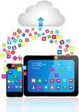 片剂个人计算机和巧妙的电话有apps的 免版税库存图片