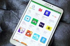 Apps de la reservación de hoteles en el juego de Google Fotografía de archivo