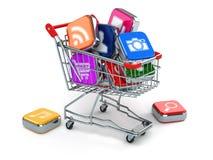 Appspictogrammen in boodschappenwagentje Opslag van computersoftware Stock Foto's
