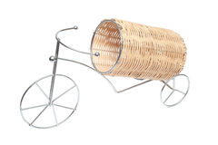 Appui sous une bouteille avec du vin sous forme de bicyclette Images libres de droits