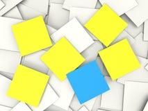 Appunti ed avvisi in bianco di Copyspace di manifestazioni delle note di Post-it Immagini Stock