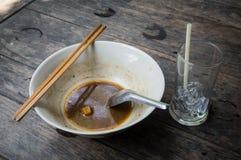 Après la nourriture thaïlandaise de menu de nouille de bateau de repas très délicieuse Photos stock