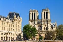 Après-midi de lune de Notre-Dame Photographie stock libre de droits